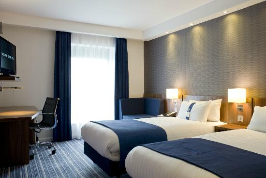 Holiday Inn Express Dunstable: Relaxing with a home from home feel