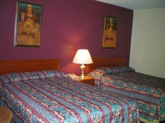 SilverStar Motel: Double Bed