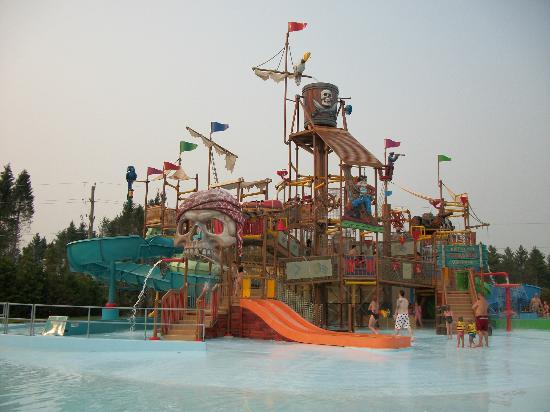 Ontario, Canada: Le repère des pirates pour les enfants