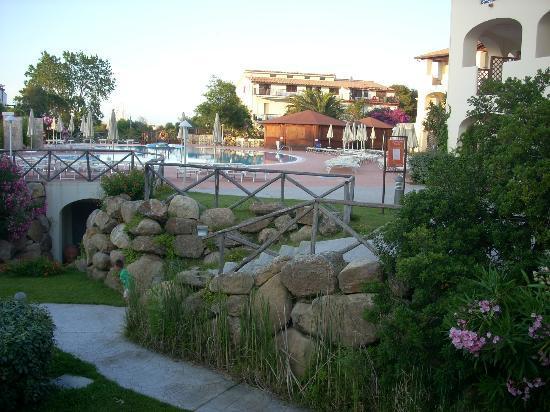 Eden Village Club La Caletta: vista dalla camera sulla piscina