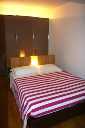 Parizzi Suites & Studio: Slaapkamer suite 4
