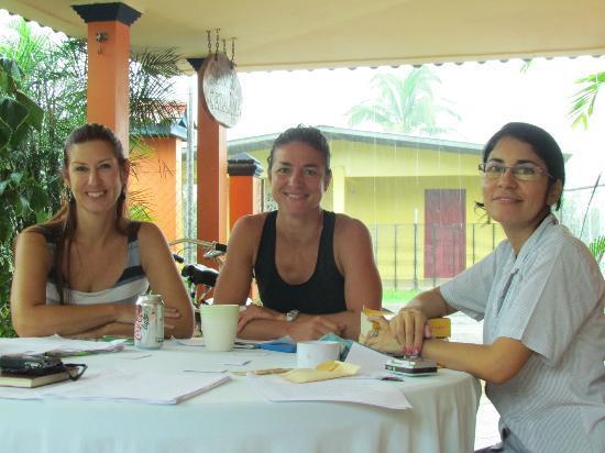 Buena Vida Language School: Class