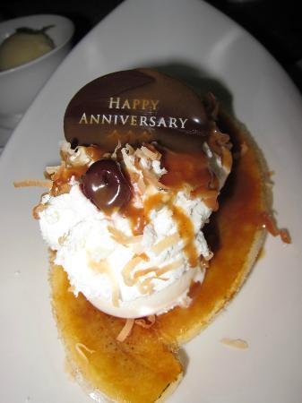 Azure Restaurant: surprise dessert.