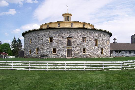 Pittsfield, MA: The Round Stone Barn