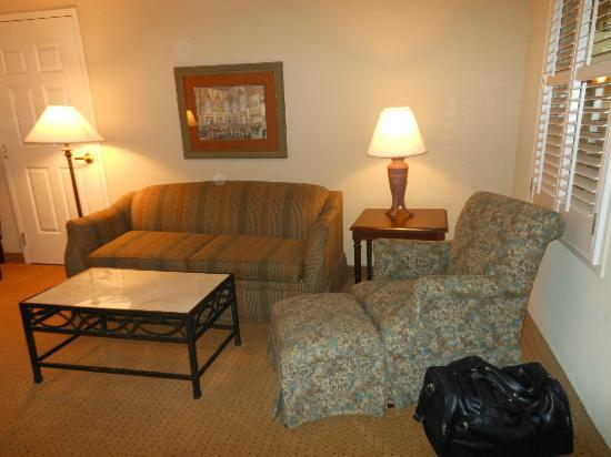 Embassy Suites by Hilton Orlando Downtown: Sitting area