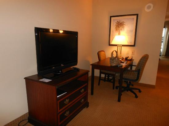 Embassy Suites by Hilton Orlando Downtown: Sitting room