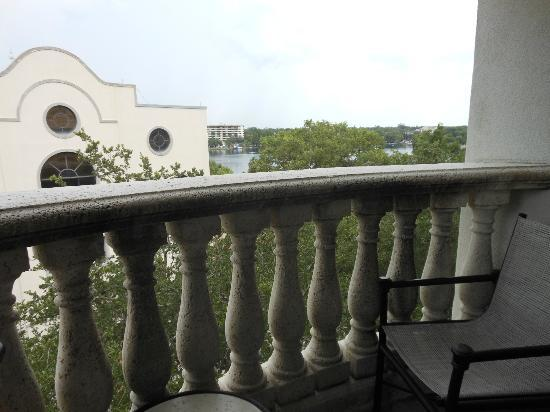 Embassy Suites by Hilton Orlando Downtown: Balcony