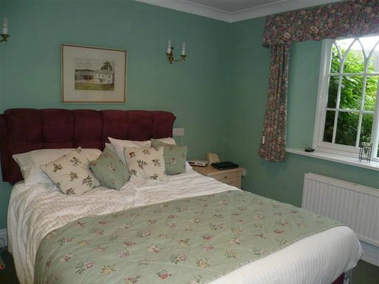 The Lynch Country House: Cheshre room