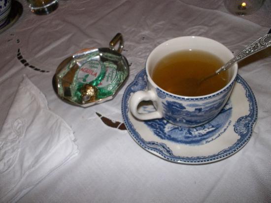 Torre del Guayaibi: el té despues de la cena