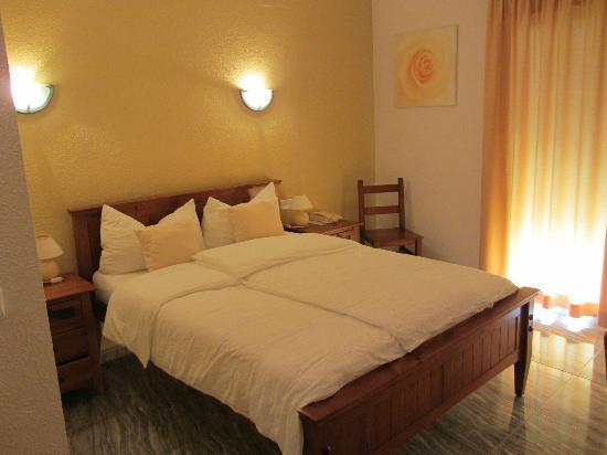Hotel Montemar: habitación 12, segundo piso