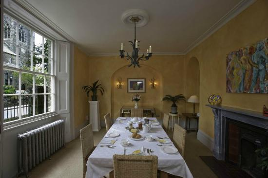 Number 5 B&B: The dining room