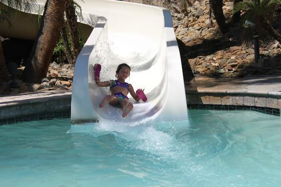 Pointe Hilton Squaw Peak Resort: The slide was fun for all ages