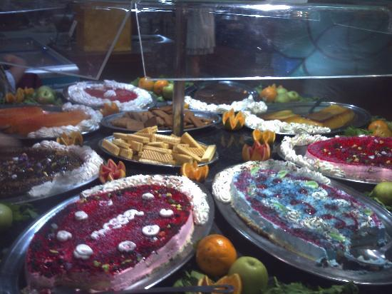 Magic Cristal Park Hotel: desert selection