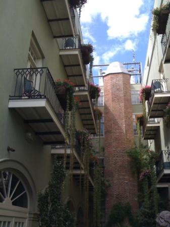 Bienville House: our balcony, on the left, as seen from the street
