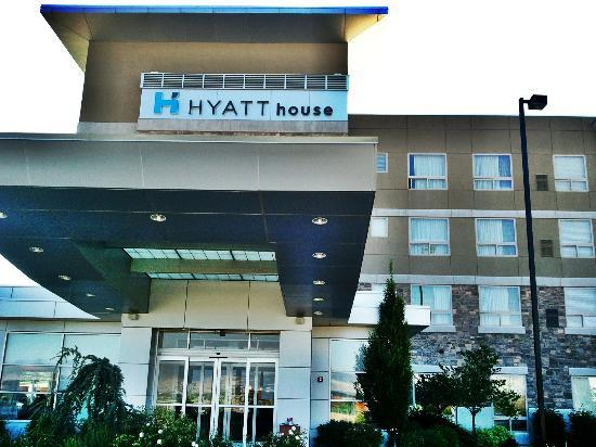 Hyatt House Salt Lake City/Sandy: Front entrance