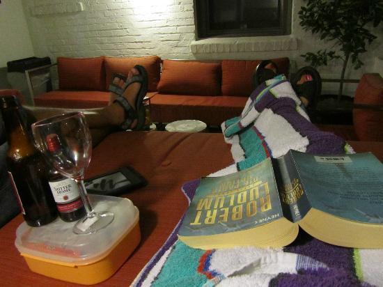 Hotel Indigo Santa Barbara : abends auf der terasse