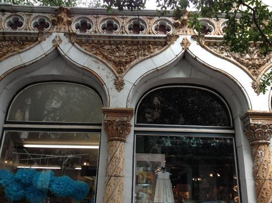 Grits & Magnolias Walking Tours : moorish architecture in Savannah, GA!