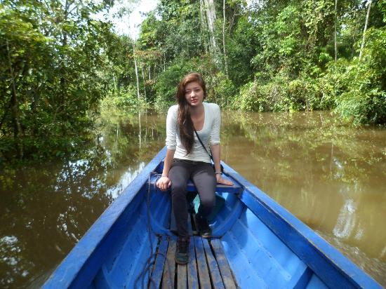 Hotel Pirarucú : Viajando por el Río Yavari