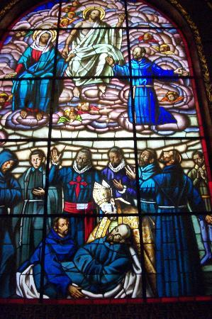 Église Saint-François : Stained glass depicting Hermano Pedro