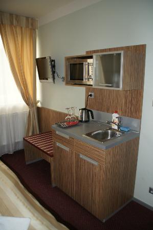 Hotel Vaka: Kochnische