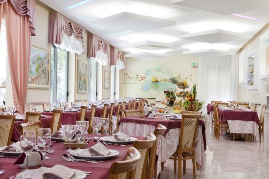Hotel Villa Gori: La sala da pranzo