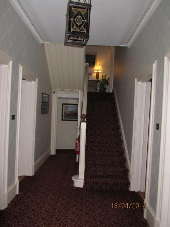Glengarry Guest House: Guest House entrance