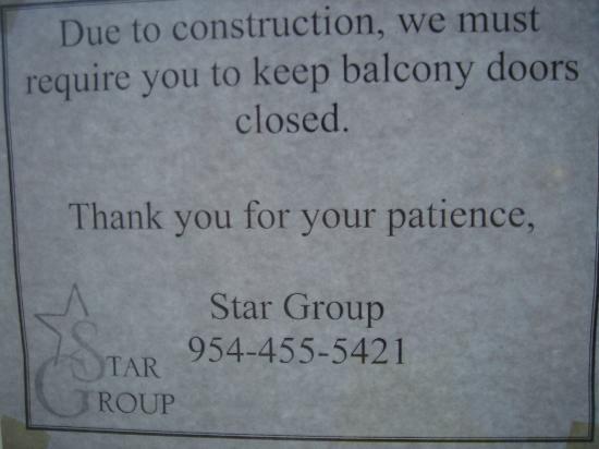 Ocean Sky Hotel & Resort : balcon bloque
