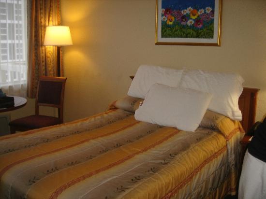 Ocean Sky Hotel & Resort : chambre