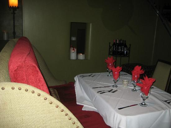 Olive Room: Unique furniture throughout