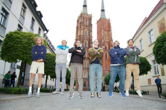 What's Up Wroclaw: Mateusz jumping in on our jumping picture we took in every city!