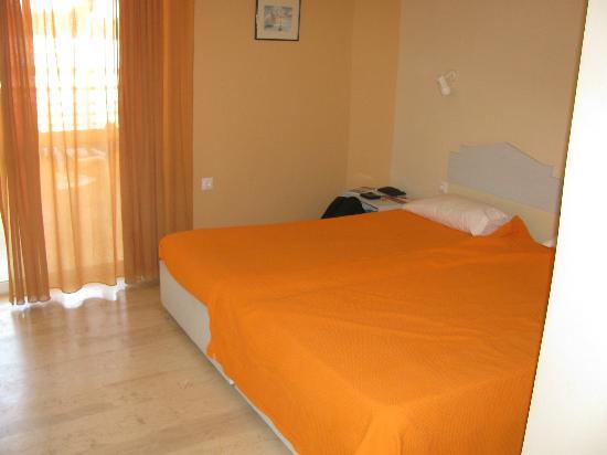 Aloe Apartments & Studios: Bedroom
