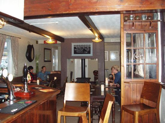 The Star Inn: top bar with double log burner