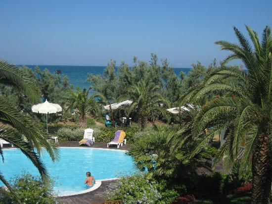 Hotel Ambasciatori: Sea view