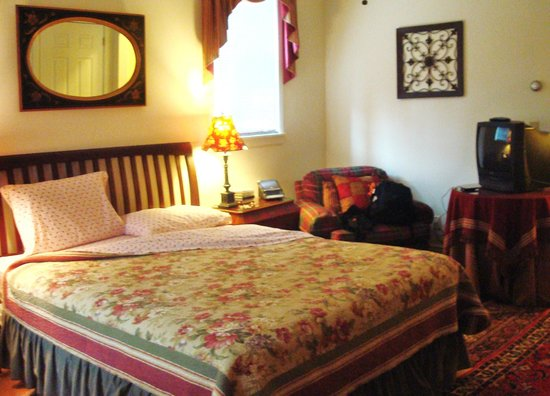 The William Henry Miller Inn: guestroom