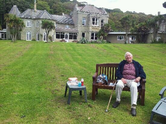 Old Park Hotel: happy grandpa