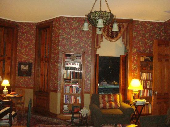 The William Henry Miller Inn: Main Floor parlor room