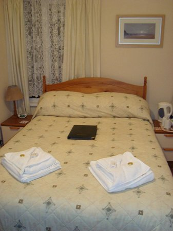 Silverlands Guest House: Our room
