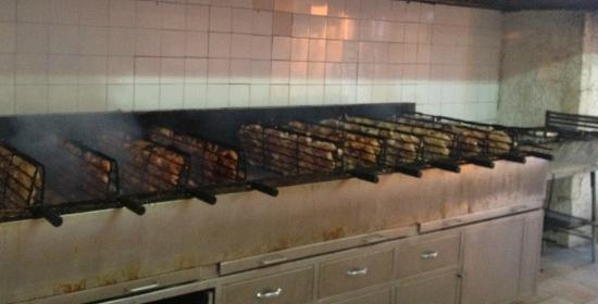 Marufo 1: charcoal chicken