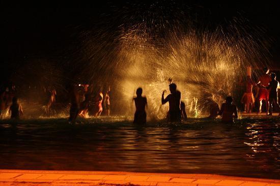 Melia Cayo Santa Maria : Late night pool party