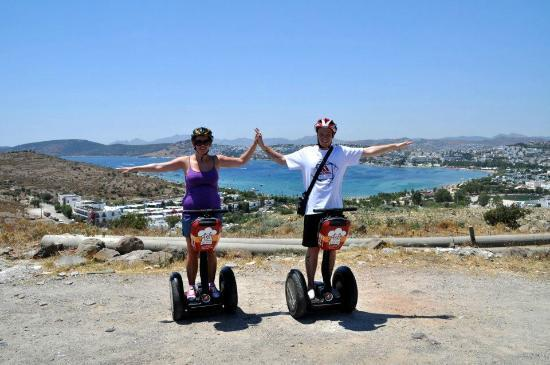 Aegean Gingers Segway Tours: Takes fantastic pictures along the way