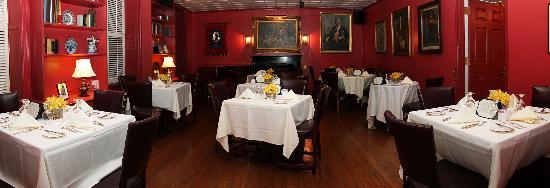 3 West Club: 2M Pub Inner Room