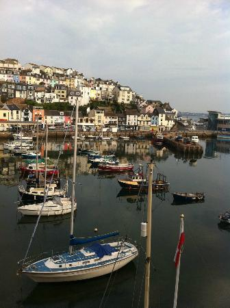 Quayside Hotel: The view of the harbour