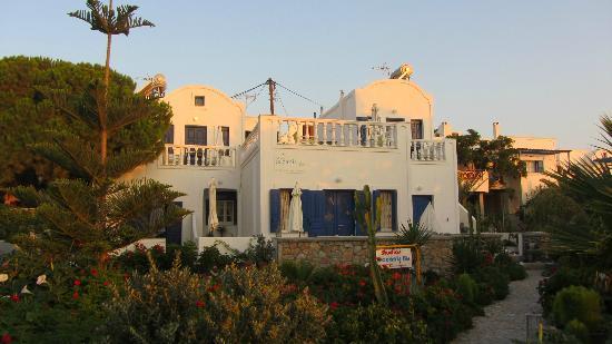Ocean Bay Suites: La facciata degli Studios