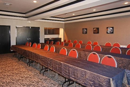 Comfort Suites: 50  person Meeting Room-Projector, Screen, Podium, Flip Chart
