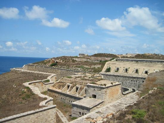 La Mola de Menorca: Outer Moat and casement