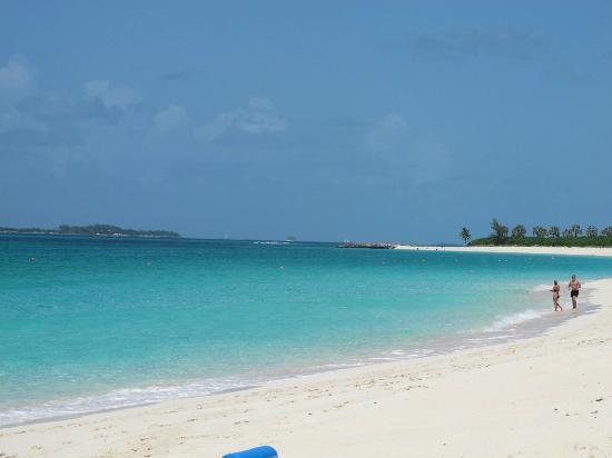 The Ocean Club, A Four Seasons Resort, Bahamas: Beach