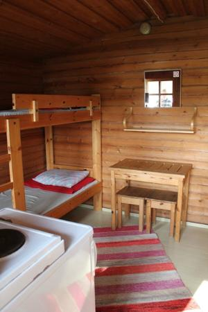 Camping Nyyssanniemi: Inside view from cottage.