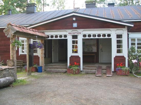 Camping Nyyssanniemi: Receptions, cafe/ restaurant and bar.