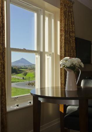 Westport Country Lodge Hotel: filename__bridal room window-04391-feb 2011_jpg_thumbnail0_jpg