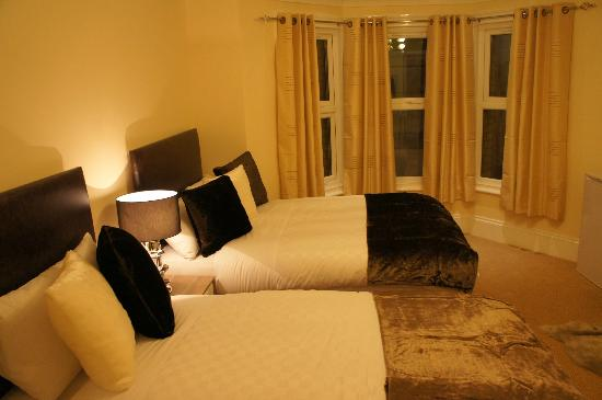 Sapphire Hotel London: double room